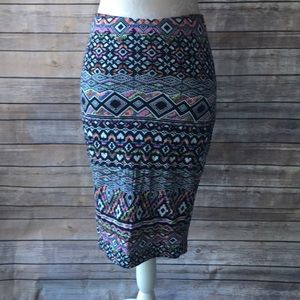 Fitted Aztec skirt